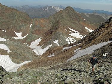 Du col frontière 2978 mètres, regard derrière sur l'itinéraire de montée
