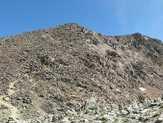 Du col frontière 2978 mètres, la croupe Sud-Ouest du pic du Montcalm