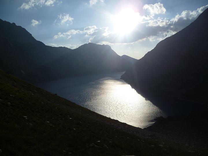 En montant vers la Hourquette de Bugarret, le lac de Cap de Long