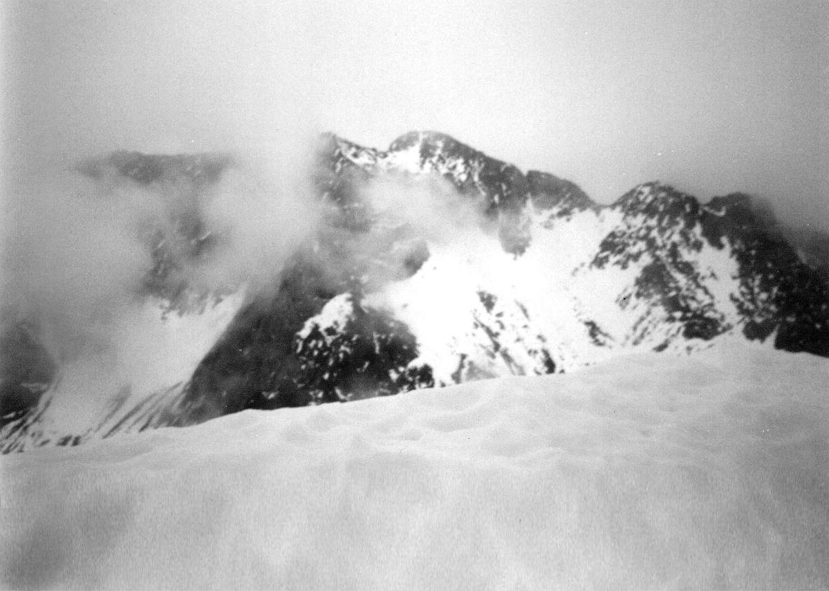 Du pico de Garmo Negro (3051 m), les picos del Infierno