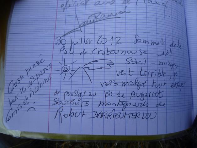 Inscription sur le cahier du sommet du pic ou Pale de Crabounouse