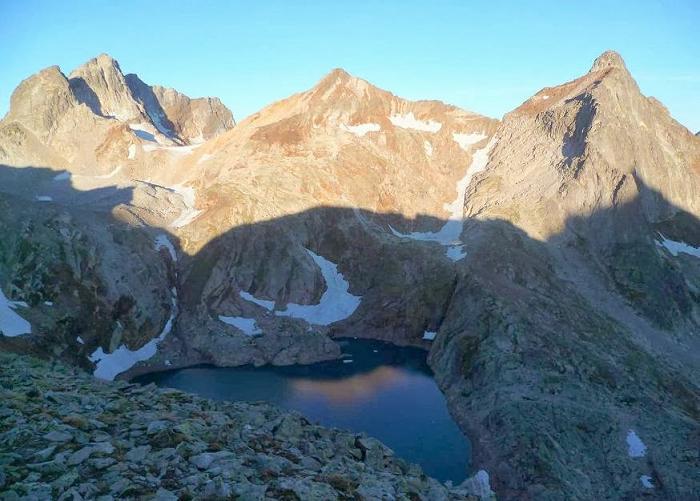 Du sommet de la Tusse de Montarqué (2889 m), Gourgs Blancs, Gourdon, Spijeoles et lac Glacé