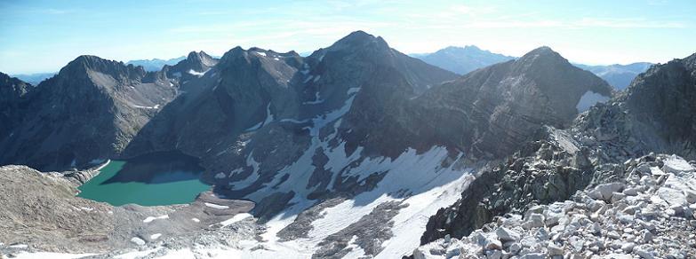 Du sommet du Cap Dera Baquo Occidental (3097 m), Lézat, Crabioules, Perdiguère, Aneto, Seil de la Baque