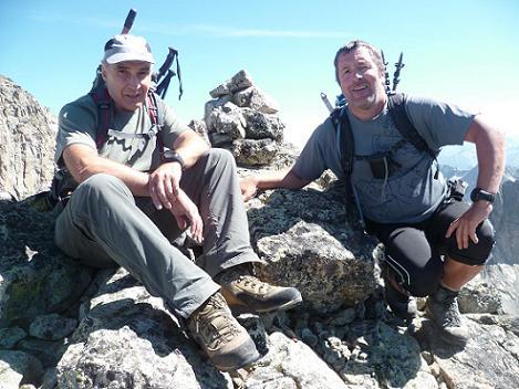 Au sommet de la Aguja Cadier 3022 m