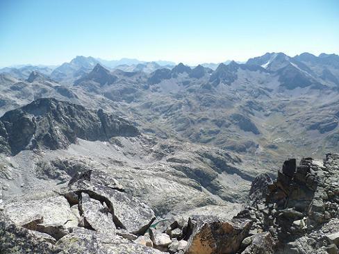 Du sommet de la Frondella Norte 3062 m, Vignemale, Infiernos et Garmo Negro