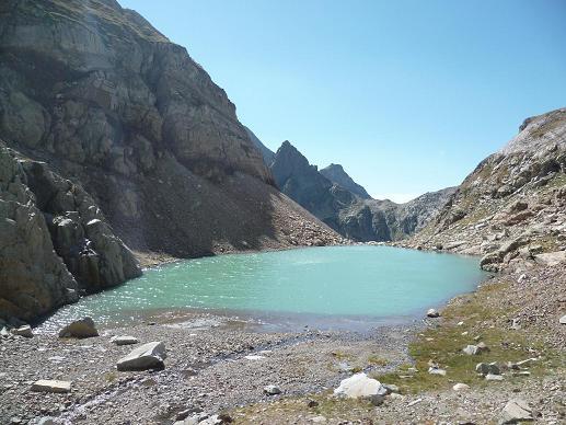 Arrivée au Gorg Helado 2404 m, aux eaux turquoises