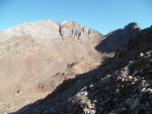 Du cuello de Pondiellos 2809 m, à droite, Infiernos et Arnales