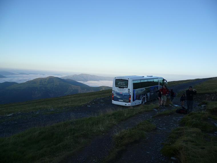 C`est parti, l`autobus pris à Nerin nous a déposé près de la Brecha (brèche) de Arazas 2170 m