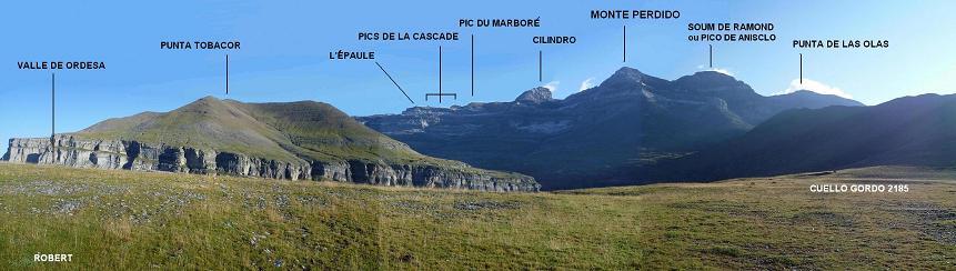 Passage au Cuello Gordo 2185 m, avec les Tobacor, Marboré, Cilindro, Monte Perdido, Soum de Ramon et Punta de las Olas