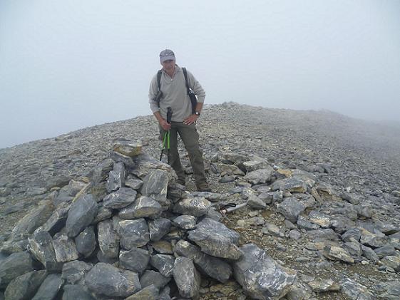 Sommet de la Punta de las Olas 3002 m, dans les nuages, il ne reste plus qu`à faire demi-tour