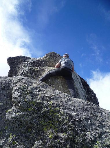 Au sommet du Grand Quayrat (3060 m), monolithe