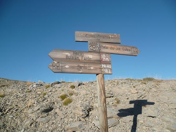 Passage au Cuello de Arenas 1880 m, où on quitte la piste principale pour suivre celle de droite