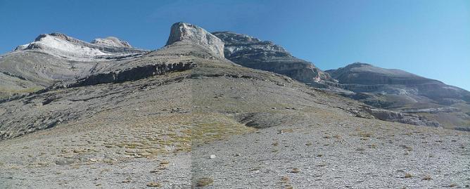 Passage au Collado Superior de Goriz ou Collata Arrablo 2329 m en suivant le balisage rouge et blanc du GR 11