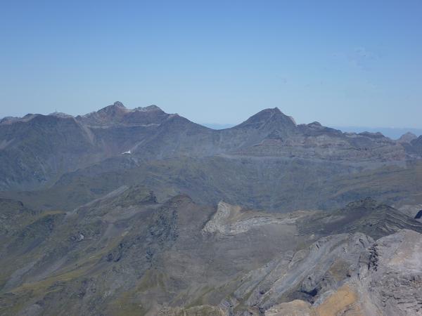 Du sommet du Soum de Ramond 3254 m, le secteur Pic Long Néouvielle