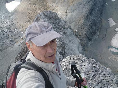Il est temps de quitter le sommet du pico Baudrimont S E ou pico Navarro 3026 m
