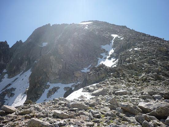 Du col d`Abellers 2885 m, il ne reste qu`à gravir la crête Ouest du Besiberri Sud