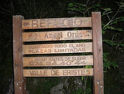 Panneaux peu après le départ d'Espigantosa