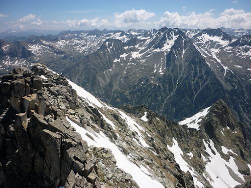 Du sommet du pic de Comaloforno 3033 m, la Punta Alta