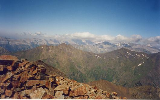 Du sommet du pic de Batoua, le massif du Monte Perdido