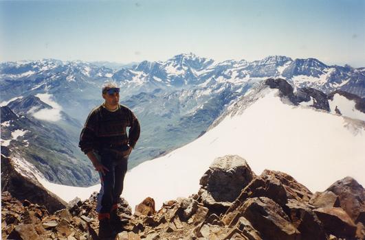 Du sommet du Vignemale, le glacier d'Ossoue