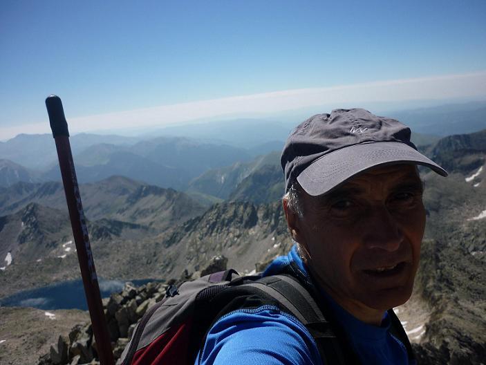 Arrivée au sommet de l`Aguja Sur Russell 3146 m