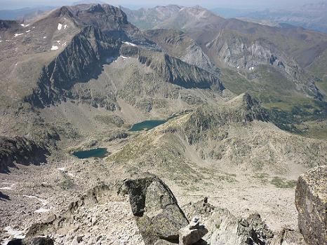 Du sommet de l`Aguja Sur Russell 3146 m, le pico et les ibons de Ballibierna