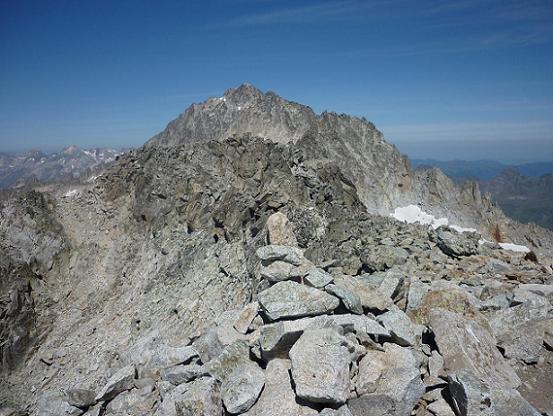 De l`Antecima Sur Este Russel 3205 m, le pico de Aneto