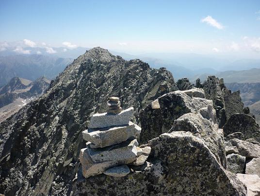Repassage au sommet du pico Russell 3207 m