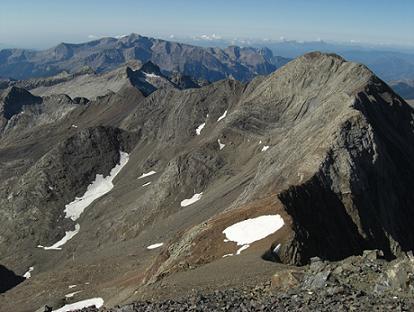 Du sommet du pico Posets, la crête Pavots-Las Espadas