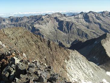 Du sommet du pico Posets, Clarabide, Gias et Gourgs Blancs