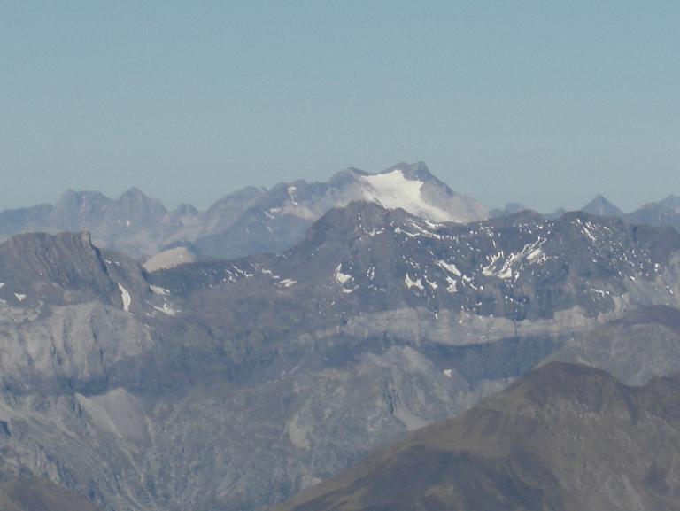 Du sommet du pico Posets, le Vignemale