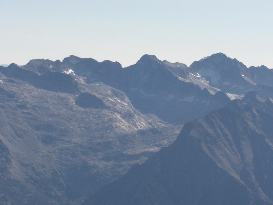Du sommet du pico Posets, le massif Aneto-Maladeta