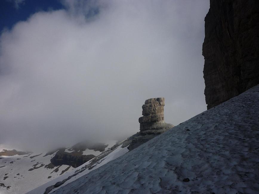 Arrivée près du Doigt et de la Fausse Brèche 2909 m