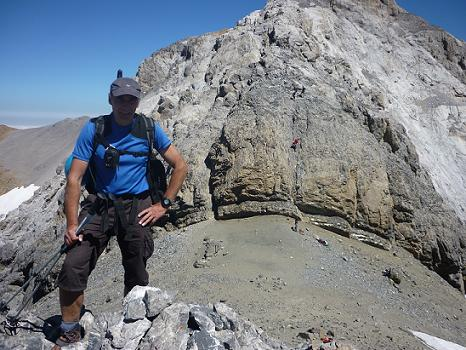 Arrivée au sommet du Piton S W del Cilindro 3194 m, le Cilindro del Marbore dans le dos