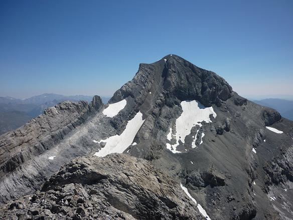 Du sommet du Piton S W del Cilindro, le Monte Perdido