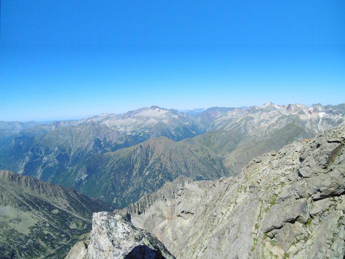 Du sommet du pico de Alba (3118 m), Posets, Vignemale, Batchimale et Perdiguère