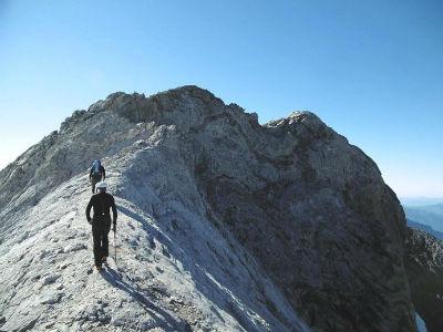 Progression sur la crête vers le Montferrat