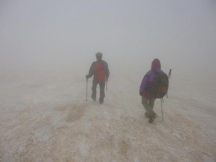 Retour sur le glacier d`Ossoue, toujours dans les nuages