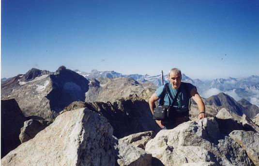 Du sommet du pic de Néouvielle, Pic Long et massif du Monte Perdido Gavarnie