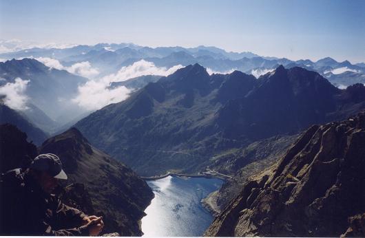 Du sommet du pic de Néouvielle, le lac de Cap de Long