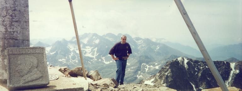 Du sommet du pico Balaitous, les picos del Infierno