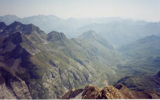 Du Grand pic de Tapou, la vallée d'Ossoue