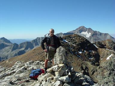 Du sommet du pic Oriental de Clarabide, pic de Clarabide et Posets