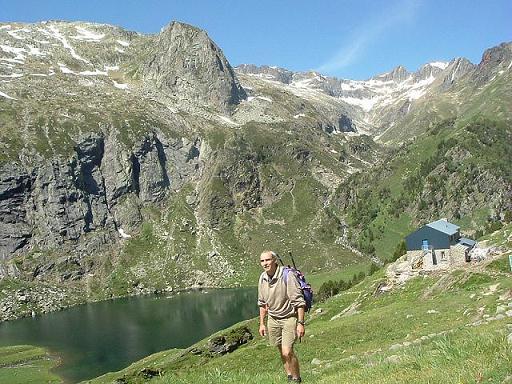 Du col d'Espingo, le lac et le refuge d'Espingo