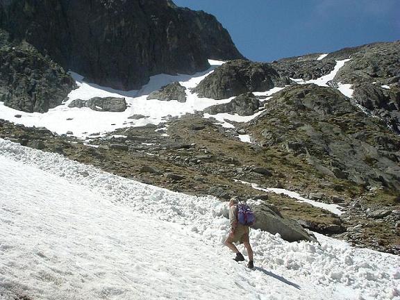 Stop, avalanche dans le cirque d'Espingo, à la Coume de l'Abesque