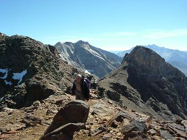 Du sommet du pic Occidental de Clarabide, Gourgs Blancs et pico de Gias