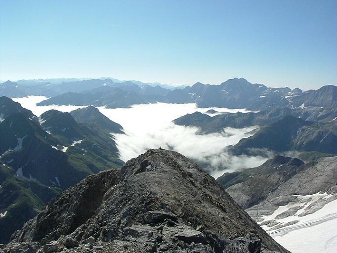 Arrivée au sommet de l Epaule de Chausenque 3154 m