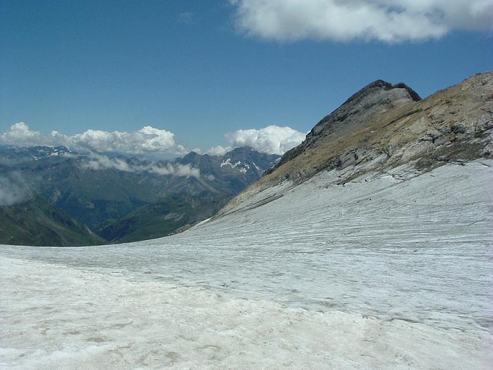 Retour sur le glacier d Ossoue, face au Montferrat