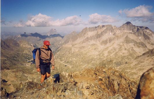 Du sommet de la Grande Fache, Midi d'Ossau et Balaitous