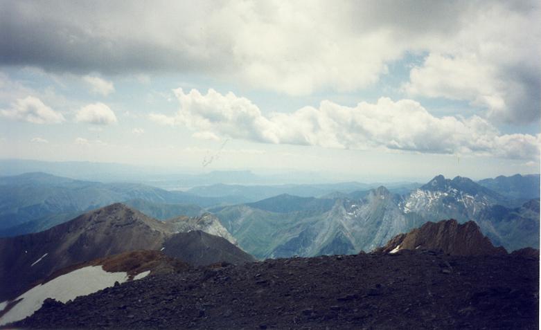 Du sommet du Taillon, les pics des Gabiètous